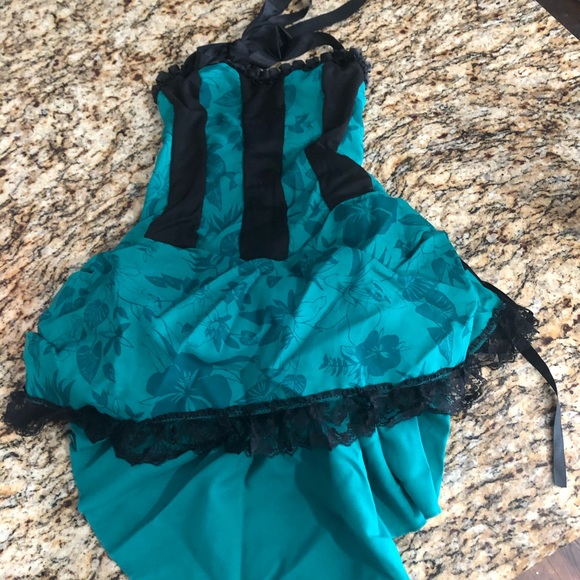 Leg Avenue   sexy cancan costume